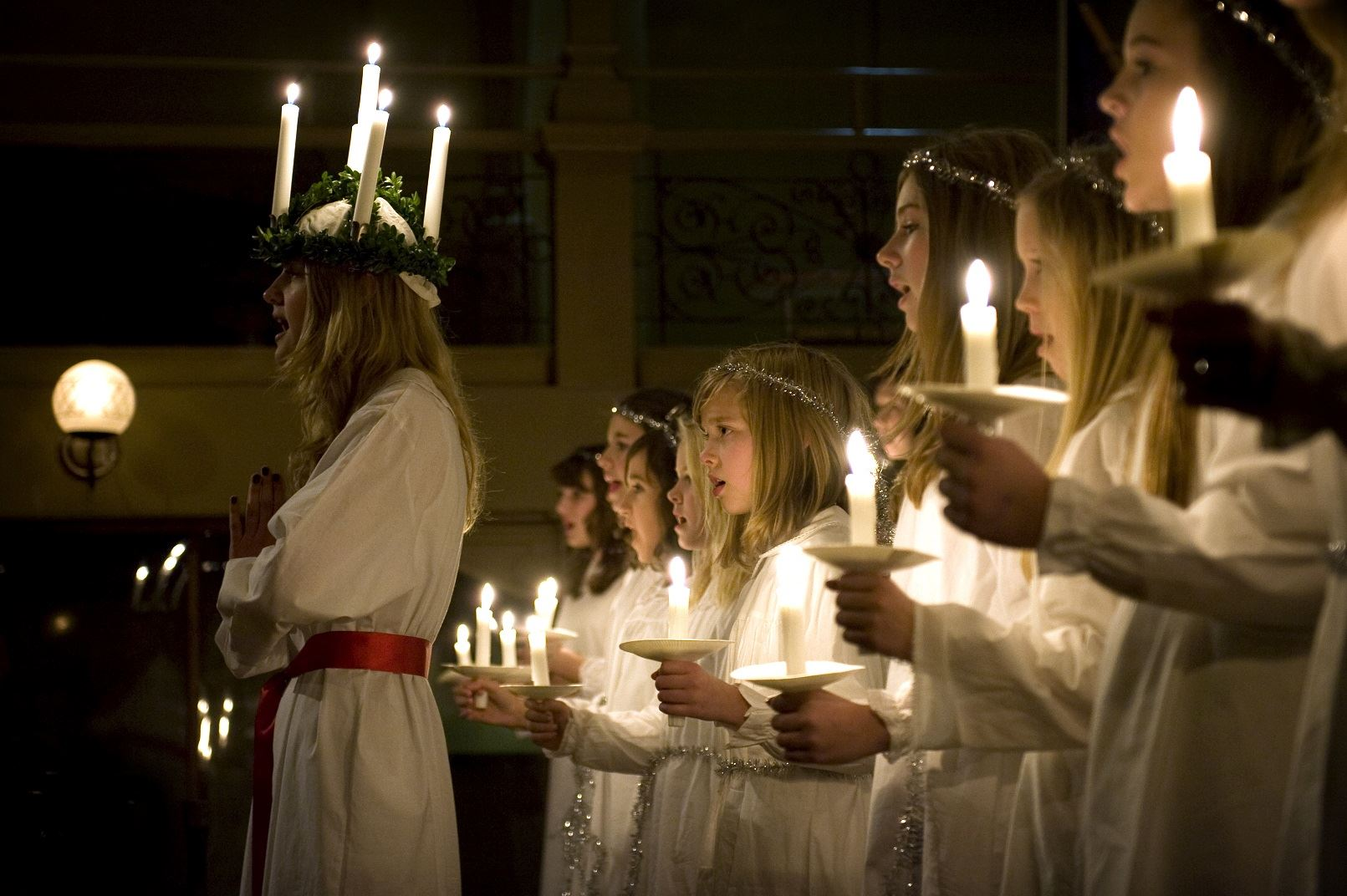 Lucia Concert with Folk Music