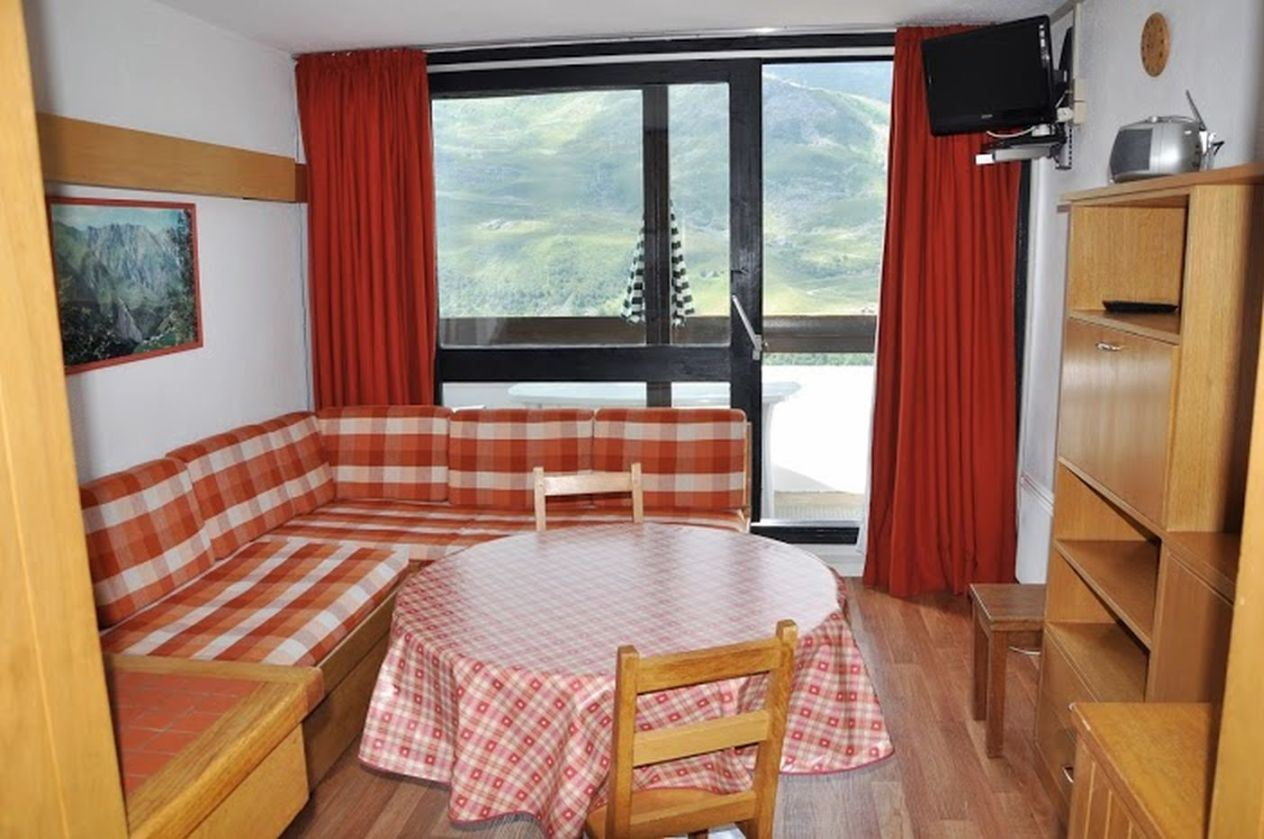 3 Rooms 8 Pers ski-in ski-out / CHALLE 835