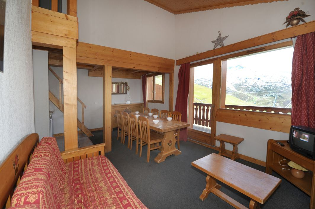 5 Rooms 8/10 Pers ski-in ski out / BOSSON 401